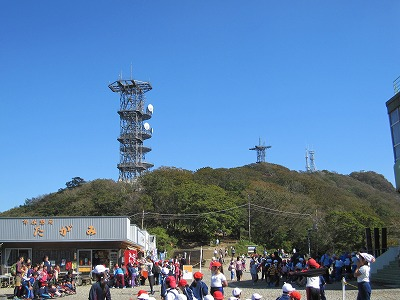 筑波山神社から筑波山へケーブルカーで