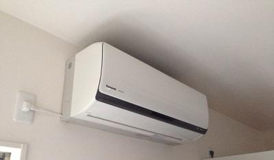 エアコン室外機水かけで節電?エアコンつけっぱなしもいいの?