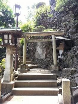 s-品川神社一粒万倍の泉と富士塚 (20)
