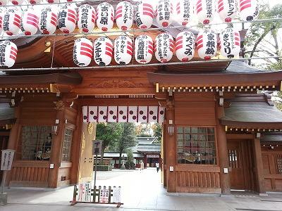 大國魂神社くらやみ祭りの混雑と見どころは?屋台は何時まで?