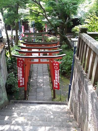上野花園稲荷神社 (6)