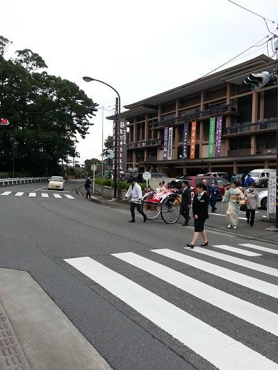 寒川神社アクセス宮川駅から徒歩