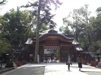 大國魂神社のアクセスと参拝時間は?御朱印も紹介。