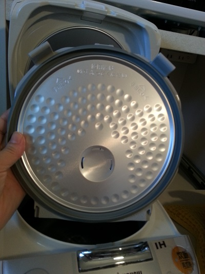 炊飯器内がま買い替えフタ外せる