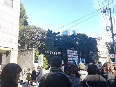 東京大神宮初詣待ち時間行列