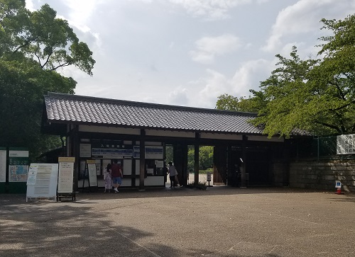 市役所前駅から名古屋城へ