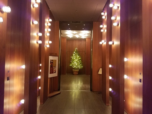 アンダーズ東京1階エレベーターホール51階へ