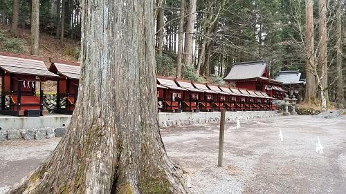三峯神社末社摂社