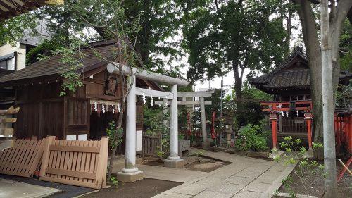 馬橋稲荷神社のパワースポット北鳥居
